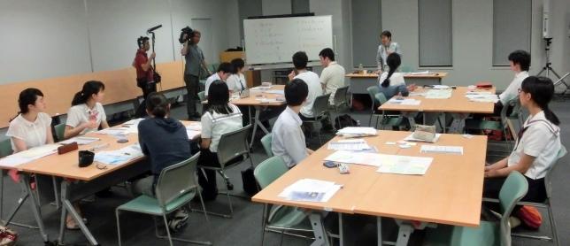 戦後70周年記念・千代田区戦争体験記録集インタビュア―事前セミナー指導風景2015年7月